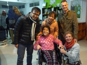 Overhandiging van de nieuwe rolstoel